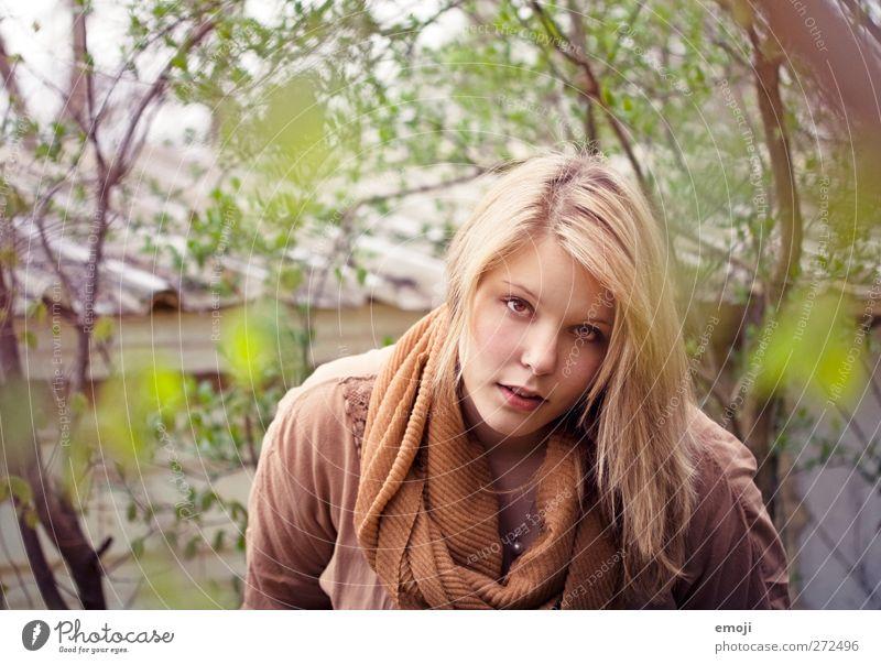 me? feminin Junge Frau Jugendliche 1 Mensch 18-30 Jahre Erwachsene Umwelt Natur schön natürlich Farbfoto Außenaufnahme Tag Schwache Tiefenschärfe Porträt