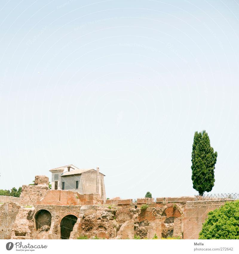 Vergangenheit und Gegenwart alt Ferien & Urlaub & Reisen Stadt Haus Architektur Zeit Europa Wandel & Veränderung Vergänglichkeit Kultur Italien Ewigkeit Bauwerk