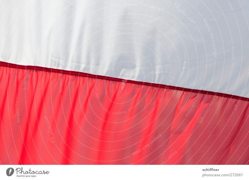 Jetzt geht's los! weiß rot Hintergrundbild Stoff Fahne Falte Naht Polen polnisch Faltenwurf Nationalflagge