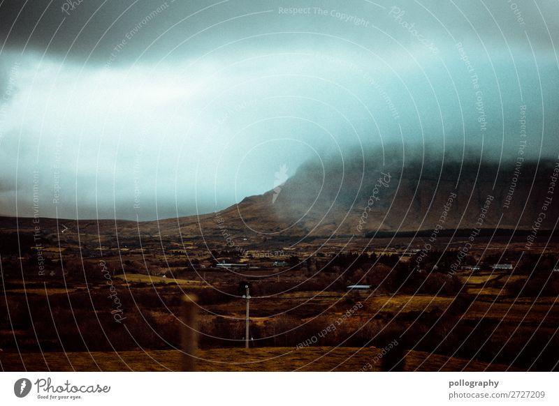 Fog Ferien & Urlaub & Reisen Natur blau schön Landschaft Wolken Ferne Berge u. Gebirge dunkel Herbst Umwelt Tourismus braun Felsen Arbeit & Erwerbstätigkeit