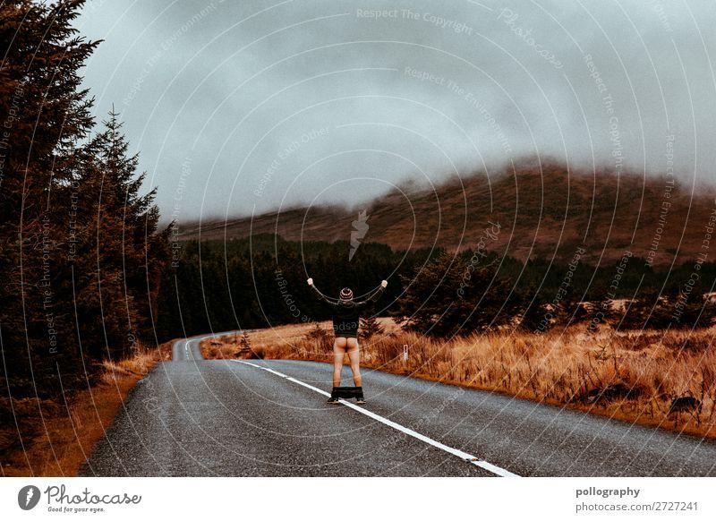 Ass Lifestyle Stil Freizeit & Hobby maskulin Mann Erwachsene Körper 1 Mensch Kunst Natur Landschaft Erde Verkehrswege Straße Erholung genießen stehen ästhetisch