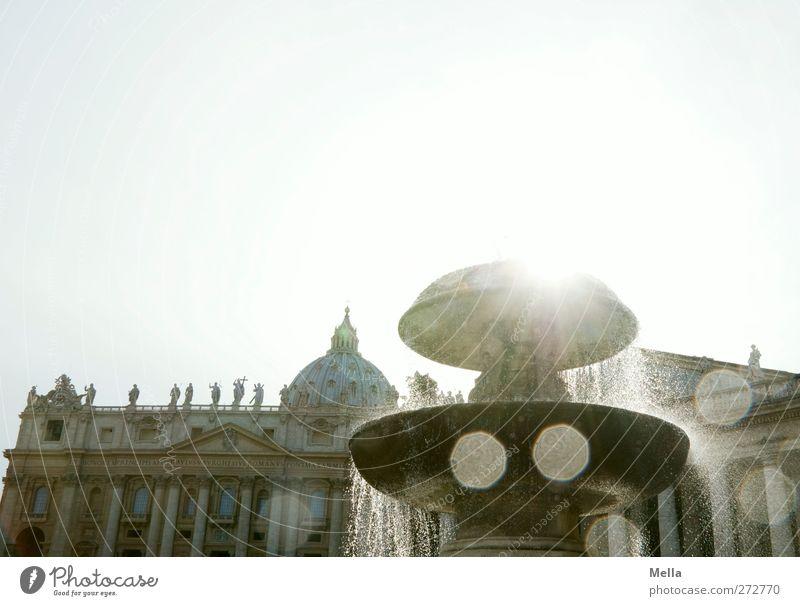 Erleuchtung Architektur Rom Vatikan Italien Europa Stadt Hauptstadt Kirche Dom Platz Bauwerk Gebäude Brunnen Sehenswürdigkeit Petersdom Tropfen glänzend alt