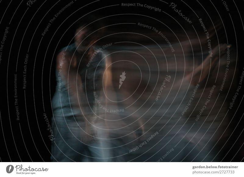 Feen tanz Mensch maskulin feminin Frau Erwachsene Körper 18-30 Jahre Jugendliche Kunst Tanzen Tänzer Balletttänzer Musik hören fantastisch Glück blau grau