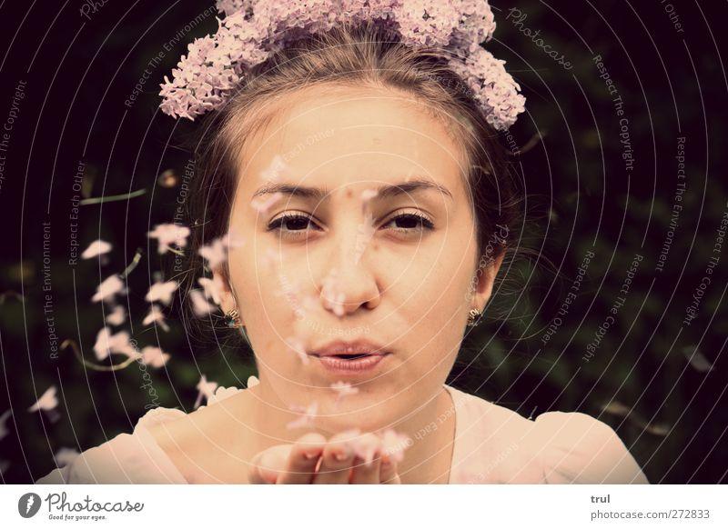 wünsch dir was Mensch Jugendliche schön Sommer Blume Gesicht feminin Glück Blüte Junge Frau rosa fliegen Haut Mund Fröhlichkeit leuchten