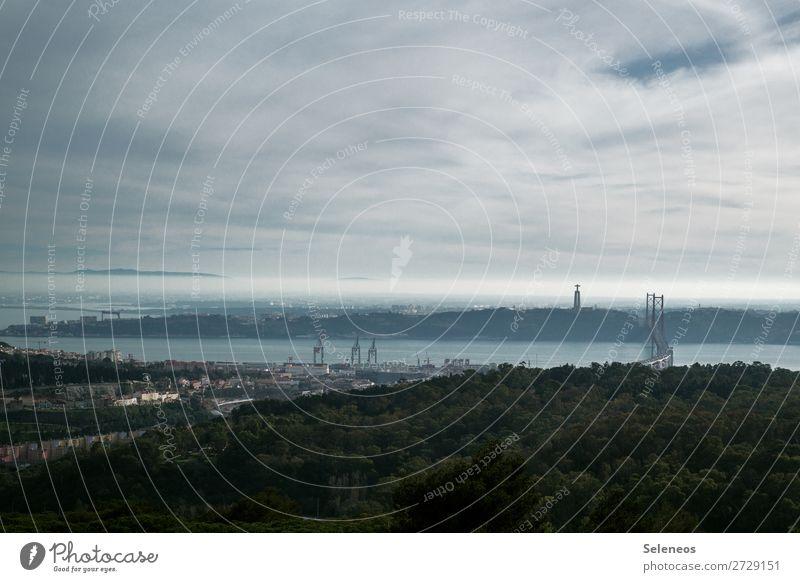 Lissabon Ferien & Urlaub & Reisen Park Brücke Städtereise Sightseeing Hafenstadt Portugal