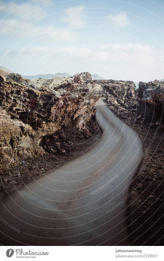 vulcano roadtrip Ferien & Urlaub & Reisen Umwelt Urelemente Himmel Schönes Wetter Dürre Felsen Vulkan ästhetisch dünn blau grau Reisefotografie Spanien Straße