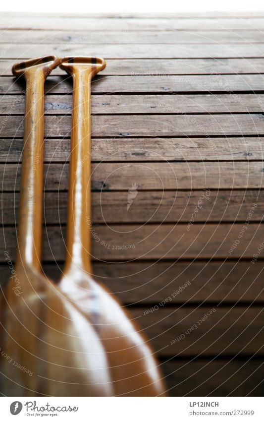 tRaum auf dem Wasser VII Holz Bildausschnitt Holzfußboden Anschnitt Objektfotografie Paddel Ruder