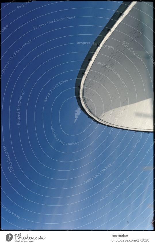 Spacedish Himmel blau weiß Stadt Sommer Umwelt Ferne Architektur Kunst Wetter Klima Fassade außergewöhnlich Beton authentisch ästhetisch