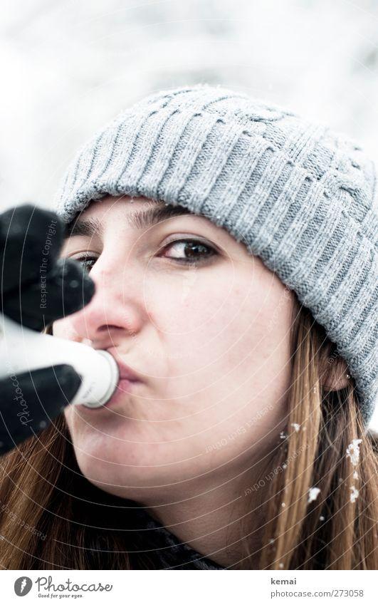 Skihase Mensch Jugendliche Winter Erwachsene Gesicht Auge feminin Leben Schnee Junge Frau Haare & Frisuren Kopf hell 18-30 Jahre Freizeit & Hobby Ausflug