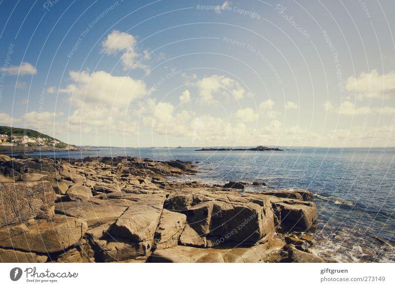 don't think twice Himmel Natur blau Wasser Ferien & Urlaub & Reisen Sonne Sommer Meer Wolken Umwelt Landschaft Küste Stein hell Horizont Erde