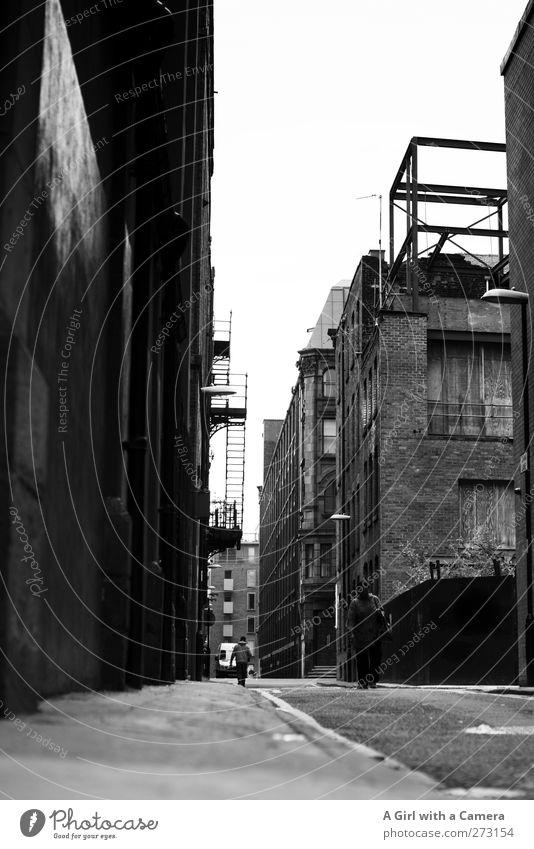 Manchester, England Stadt Stadtzentrum Haus Hochhaus Industrieanlage Bauwerk Gebäude Architektur Mauer Wand Treppe alt authentisch gruselig kaputt trashig trist