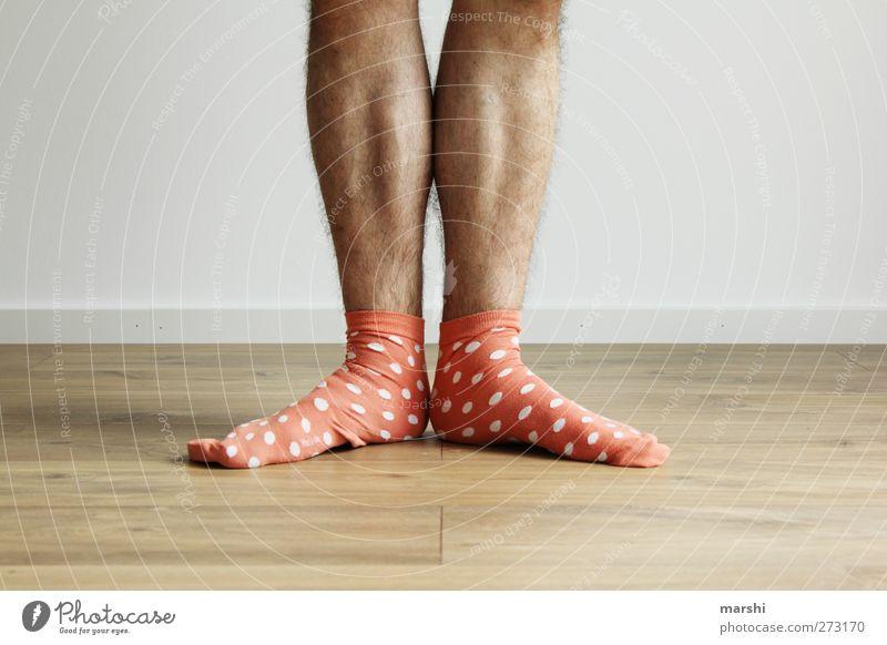 Charly Chaplin 2012 Mensch Mann Jugendliche Erwachsene Stil Beine Fuß orange Junger Mann maskulin stehen Strümpfe gepunktet