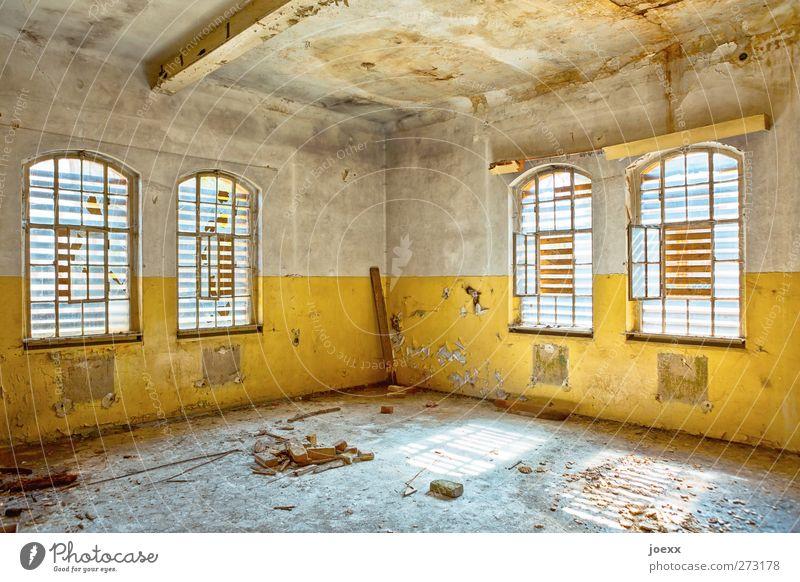 Zimmer frei Ruine Mauer Wand Fenster alt hell kaputt retro blau braun gelb weiß bizarr Verfall Vergänglichkeit Farbfoto mehrfarbig Innenaufnahme Menschenleer