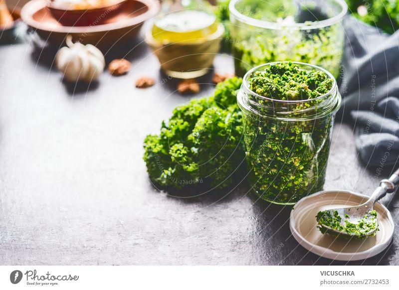 Grünkohl Pesto im Glas Lebensmittel Gemüse Ernährung Bioprodukte Vegetarische Ernährung Diät Geschirr Stil Design Gesundheit Gesunde Ernährung Küche