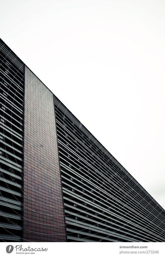fassade Haus Wand Architektur Mauer Linie Kraft Fassade groß hoch Beton modern Stahl Barriere erobern Moderne Architektur