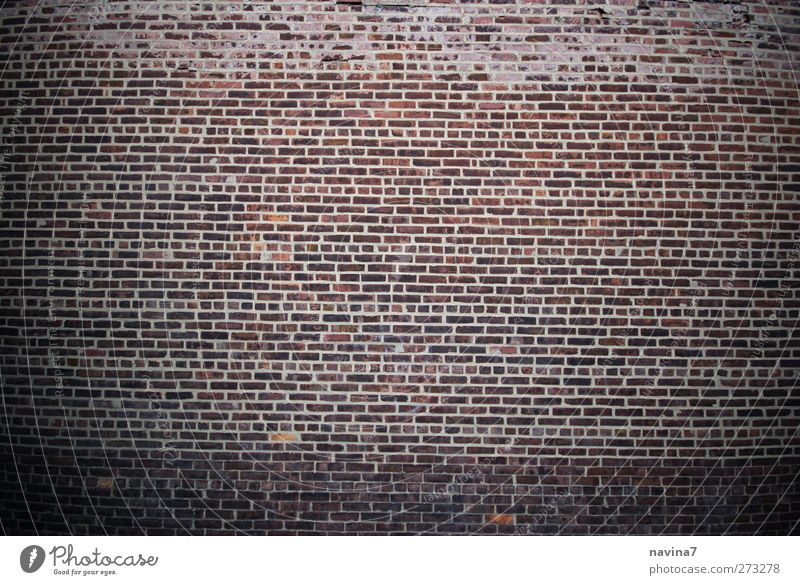 Mauer Backsteinwand Wand Fassade Stein alt braun rot Farbfoto Gedeckte Farben Außenaufnahme Menschenleer Textfreiraum links Textfreiraum rechts