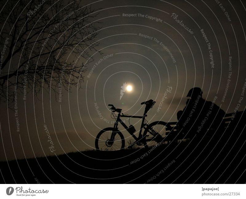 bikin' in the moonlight ruhig Pause Mond Fahrrad Mountainbike Extremsport