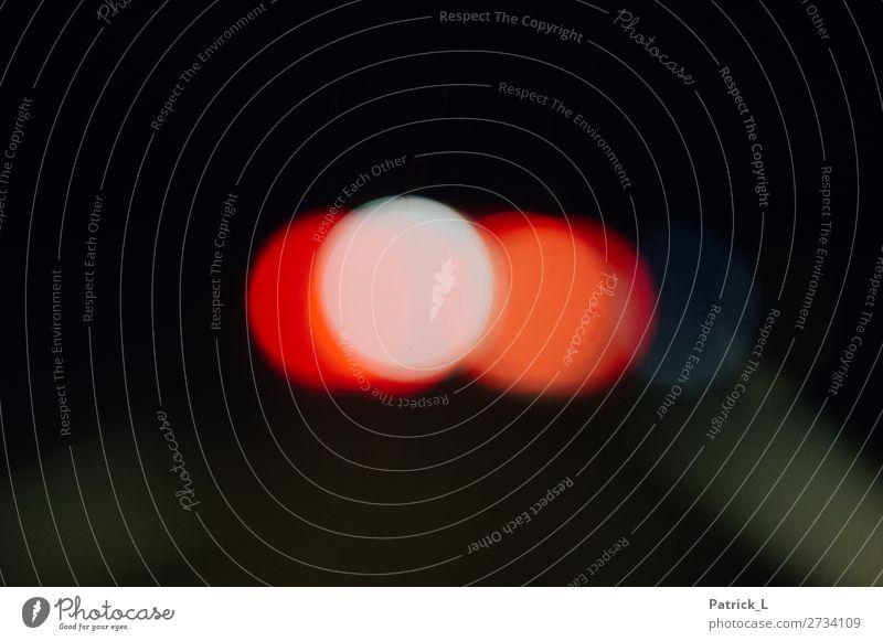Punkt. Licht leuchten lustig rund Warmherzigkeit Kreativität Lichtpunkt Lichtbrechung Lichterscheinung rot weiß Kreis dunkel Farbfoto mehrfarbig Experiment