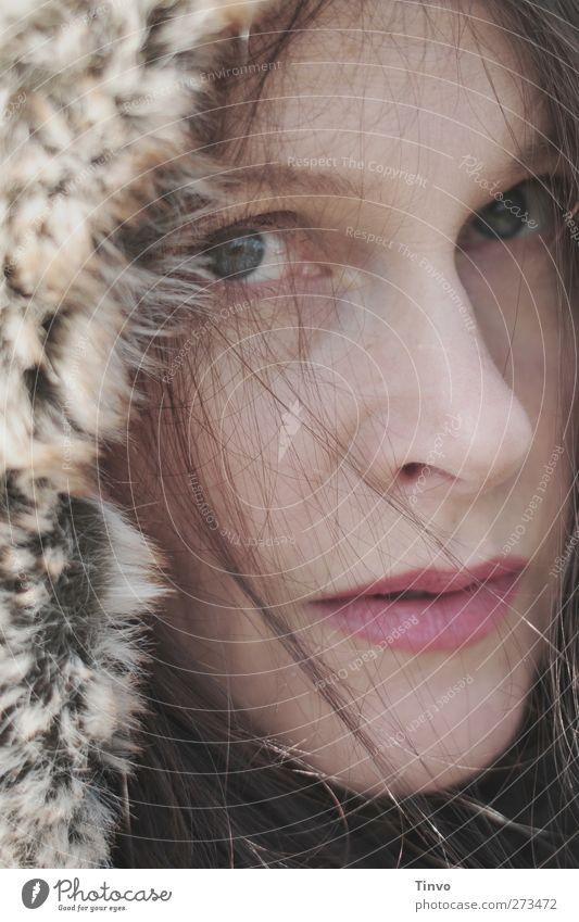 To My Eskimo Friend feminin Junge Frau Jugendliche Erwachsene 1 Mensch Winter Klima Fell Mütze brünett langhaarig kalt natürlich Blick Pelzmütze Pelzkragen