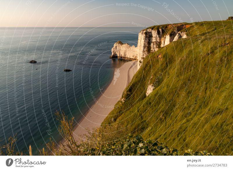 Weite Ferien & Urlaub & Reisen Ausflug Ferne Sommer Sommerurlaub Strand Meer Natur Landschaft Himmel Wolkenloser Himmel Horizont Sonnenaufgang Sonnenuntergang