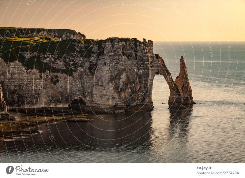 harte Kante Ferien & Urlaub & Reisen Tourismus Ausflug Abenteuer Ferne Sommer Sommerurlaub Meer Natur Landschaft Wolkenloser Himmel Horizont Sonnenaufgang