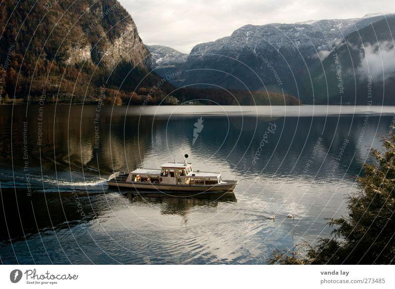 Hallstatt Natur Ferien & Urlaub & Reisen Umwelt Berge u. Gebirge See Tourismus Ausflug Alpen fahren Schifffahrt Österreich Fähre Kreuzfahrt Weltkulturerbe