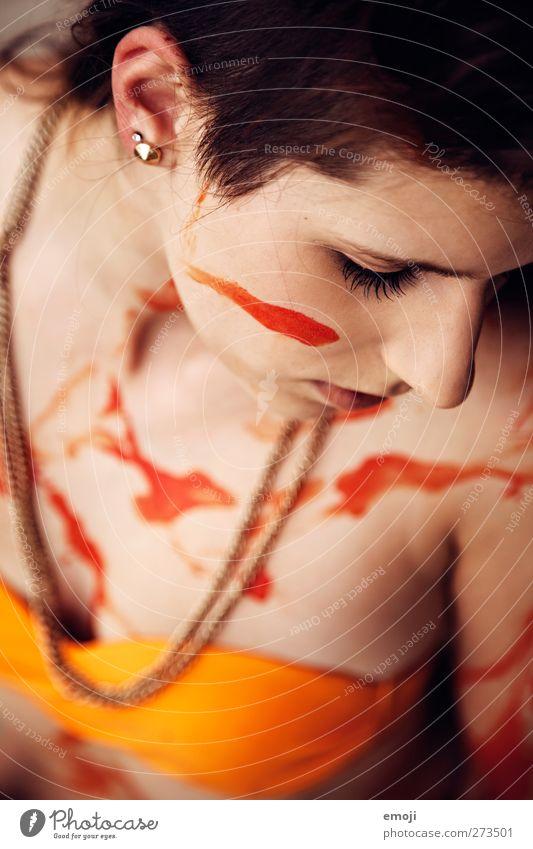 ! androgyn Junge Frau Jugendliche 1 Mensch 18-30 Jahre Erwachsene Bikini außergewöhnlich orange Körpermalerei Kunst Farbfoto Außenaufnahme Tag