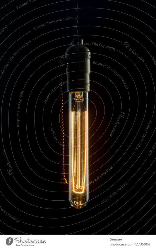 Vintage Glühbirne Edisone Glühbirne Stil Lampe Tube alt dunkel hell retro braun gelb rot schwarz Idee Knolle Licht altehrwürdig erhängen Hintergrund Glanz