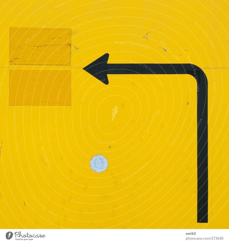 Kein Ort. Nirgends weiß schwarz gelb groß Schilder & Markierungen Verkehr leer Hinweisschild einfach Punkt Zeichen Pfeil Verkehrswege Richtung Kurve Fleck