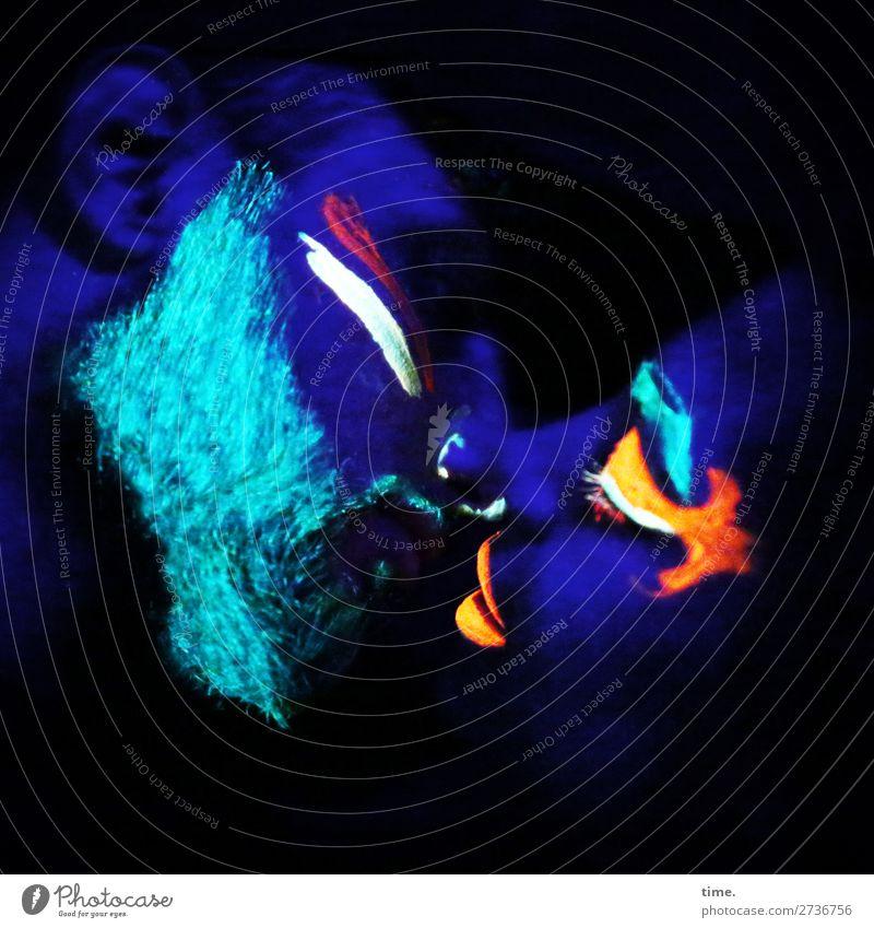 neon love (V) maskulin feminin Frau Erwachsene Mann 2 Mensch Kunst Künstler Farbe neonfarbig Schwarzlicht Neonlicht Vollbart Küssen mehrfarbig Leidenschaft