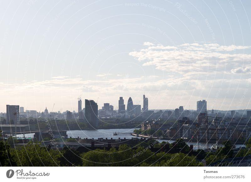 London Town Großbritannien England Stadt Hauptstadt Skyline Farbfoto Außenaufnahme Menschenleer Textfreiraum oben Tag Licht Panorama (Aussicht) Themse