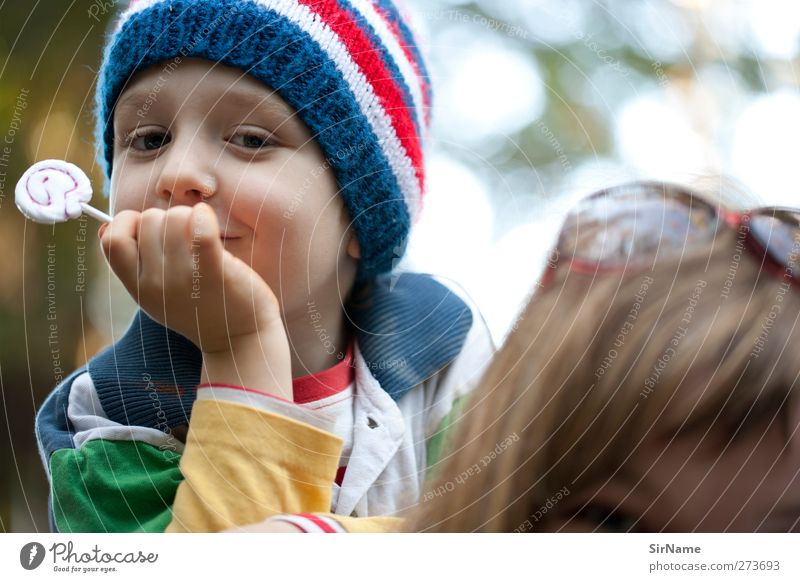 202 [ich hab's gut] Süßwaren Lollipop Picknick Freude Kind Junge Mutter Erwachsene Familie & Verwandtschaft Mensch 3-8 Jahre Kindheit Sonnenbrille Mütze