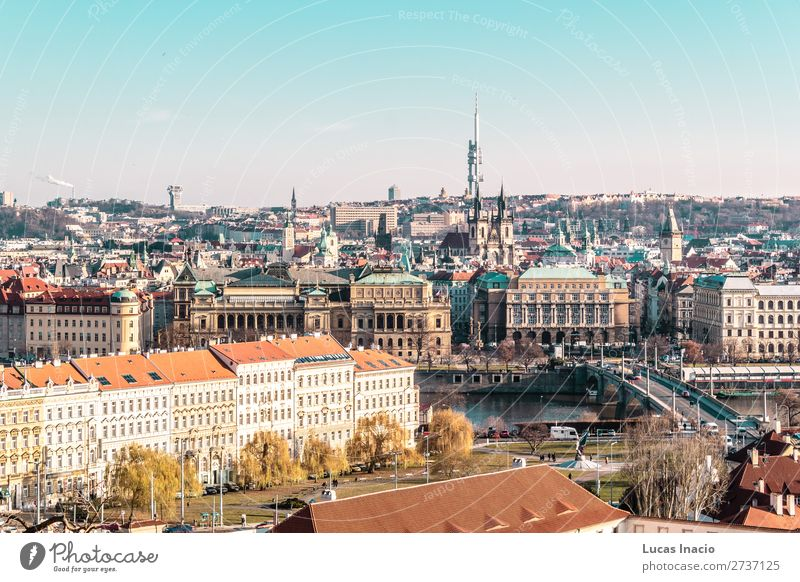 Panoramablick auf Prag, Tschechien Ferien & Urlaub & Reisen Tourismus Haus Garten Büro Business Umwelt Natur Himmel Baum Gras Blatt Park Wald Fluss Stadtzentrum