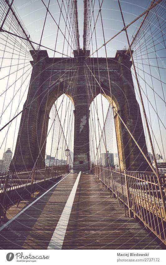 Brooklyn Bridge bei Sonnenaufgang, NYC. Ferien & Urlaub & Reisen Tourismus Ausflug Sightseeing Städtereise Stadt Brücke Gebäude Architektur Sehenswürdigkeit
