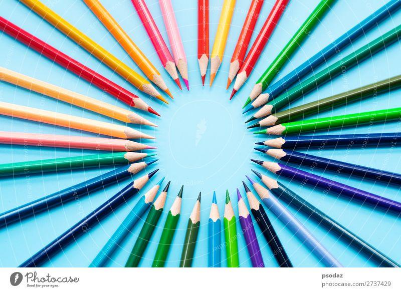 Gruppe von Farbstiften teilen Idee zur Erfüllung der Mission Erfolg Industrie Business Unternehmen Hand springen Verantwortung Weisheit Rechtschaffenheit