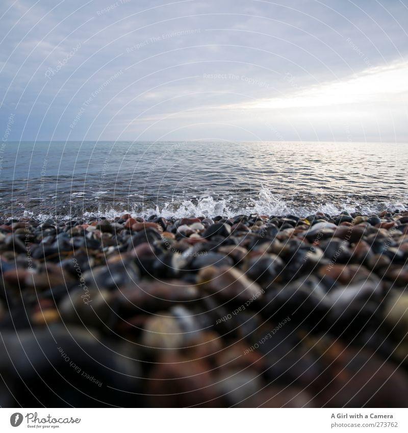 Hiddensee l leichtes Plätschern Himmel Natur Wasser Sommer Sonne Meer Strand Wolken ruhig Umwelt Landschaft Frühling Küste Horizont Insel Politische Bewegungen