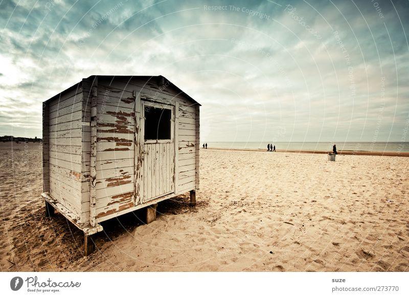 Strandschuppe Ferien & Urlaub & Reisen Meer Umwelt Natur Landschaft Sand Himmel Horizont Küste Ostsee Hütte alt eckig Holzhütte dramatisch Saison Saisonende