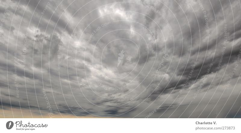Wolken-Drama Natur dunkel grau Luft Stimmung orange Kraft Angst Klima Macht bedrohlich Trauer Unendlichkeit fantastisch Unwetter