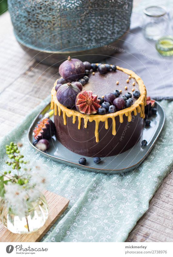 Leckere Schokotorte Schokolade Schokoladenkuchen Kuchen kuchen backen Schokokuchen Feigen Geburtstag Geburtstagsfeier lecker süß Süßigkeiten Backen zu Hause