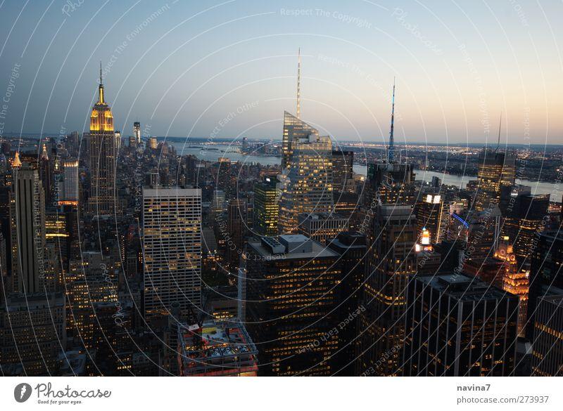 New York Ferne Städtereise New York City Stadt Hauptstadt Hafenstadt Skyline Menschenleer Hochhaus Ferien & Urlaub & Reisen Armut frei reich Horizont Tourismus