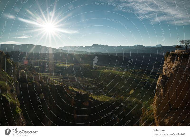 Spanien. Ferien & Urlaub & Reisen Tourismus Ausflug Abenteuer Ferne Freiheit Sommer Sommerurlaub Berge u. Gebirge Natur Landschaft Himmel Wolken Horizont Hügel