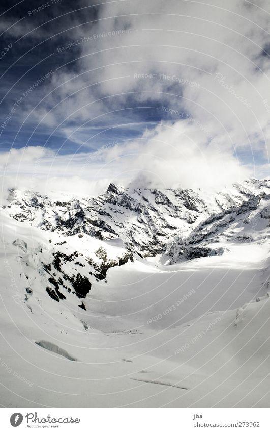 Gletscher Natur alt Winter Wolken ruhig Ferne Landschaft Berge u. Gebirge Schnee Leben Luft Eis Felsen Tourismus gefährlich Urelemente