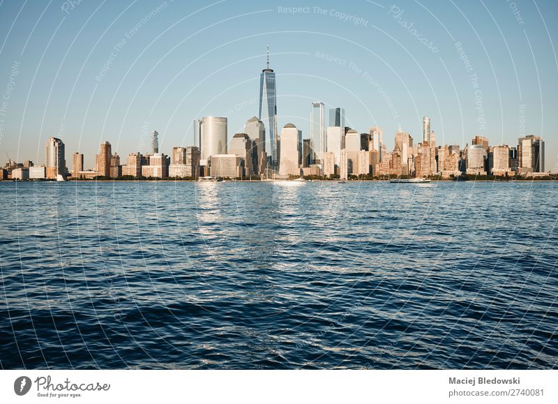 Skyline von New York City, USA. Lifestyle Reichtum Ferien & Urlaub & Reisen Sightseeing Städtereise Sonne Büro Himmel Stadtzentrum Hochhaus Gebäude Architektur