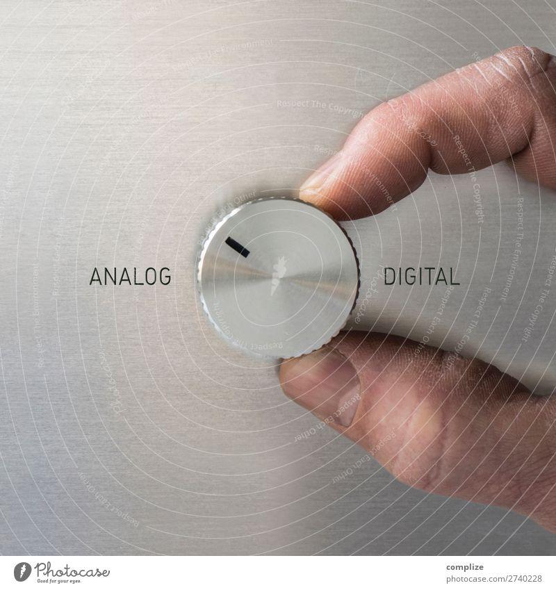 ANALOG oder DIGITAL? Lifestyle sprechen Business Büro Häusliches Leben Wohnung Energiewirtschaft Technik & Technologie Computer Zukunft Studium Industrie