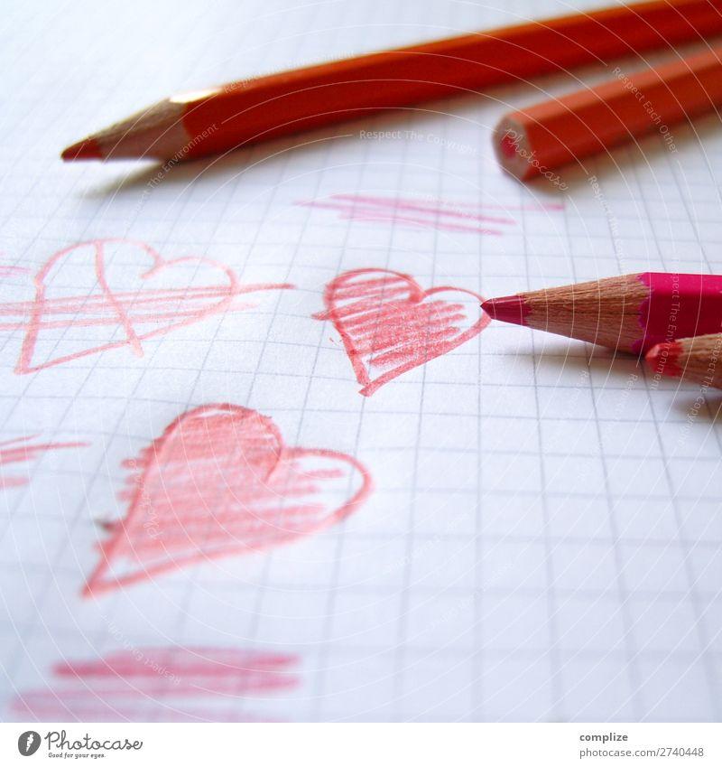 Kind malt Herzen schön rot Freude Gesundheit Liebe Glück Feste & Feiern Schule Zusammensein rosa Freizeit & Hobby Geburtstag Romantik Zeichen