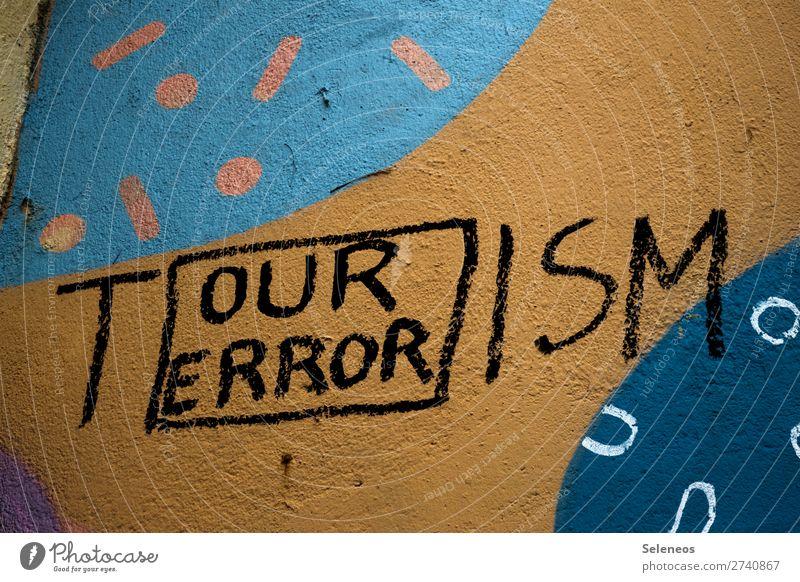 . Fassade Zeichen Schriftzeichen Hinweisschild Warnschild Graffiti Zukunftsangst gefährlich Stress Verzweiflung Endzeitstimmung Terrorismus Farbfoto
