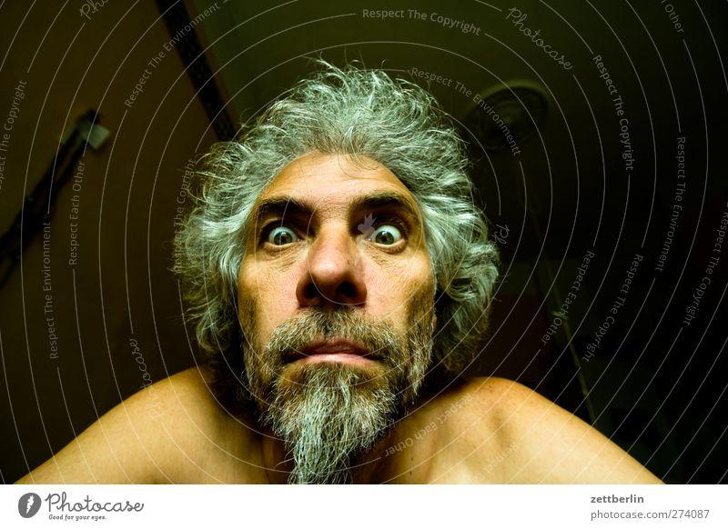 Bad Hair Day Gesicht maskulin Mann Erwachsene Auge Nase Mund Lippen Bart 45-60 Jahre Blick Überraschung Unglaube dumm Volksglaube Ärger Kontakt ausdruck