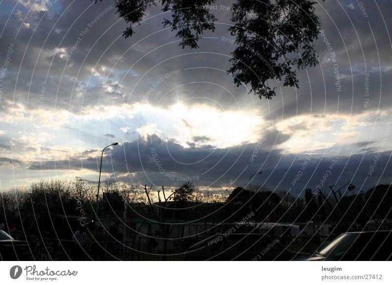 Strahlender Himmel Sonne Wolken Beleuchtung Argentinien Buenos Aires