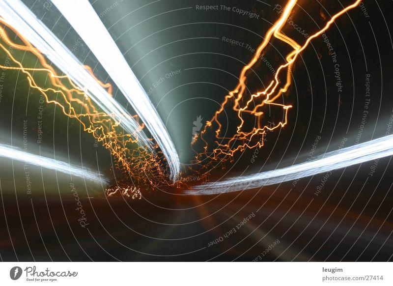 Poruqe SI Tunnel Licht Buenos Aires Argentinien Langzeitbelichtung Nacht Straße Bewegung