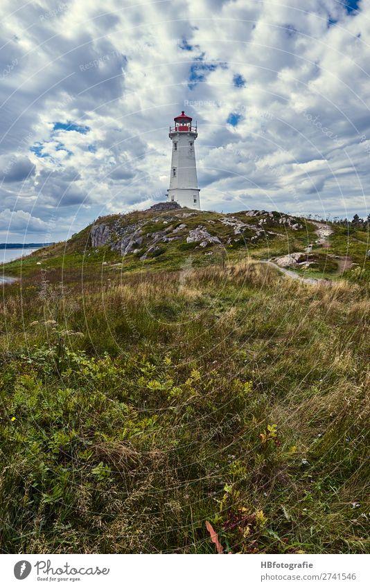 Leuchtturm Lighthouse Umwelt Landschaft Luft Himmel Wolken Küste Fjord Wahrzeichen Verkehr Schifffahrt Bootsfahrt Wasserfahrzeug Hafen wild Fernweh Einsamkeit